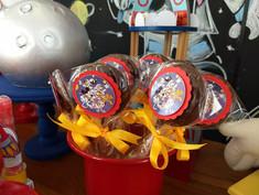 decoração-festa-mickey-astronauta (12).j