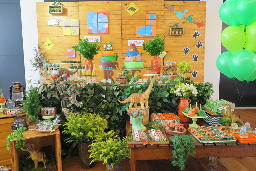 decoração_festa_dinossauros_(2).JPG