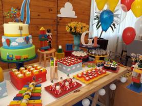 festa brinquedos anrigos de madeira (2).
