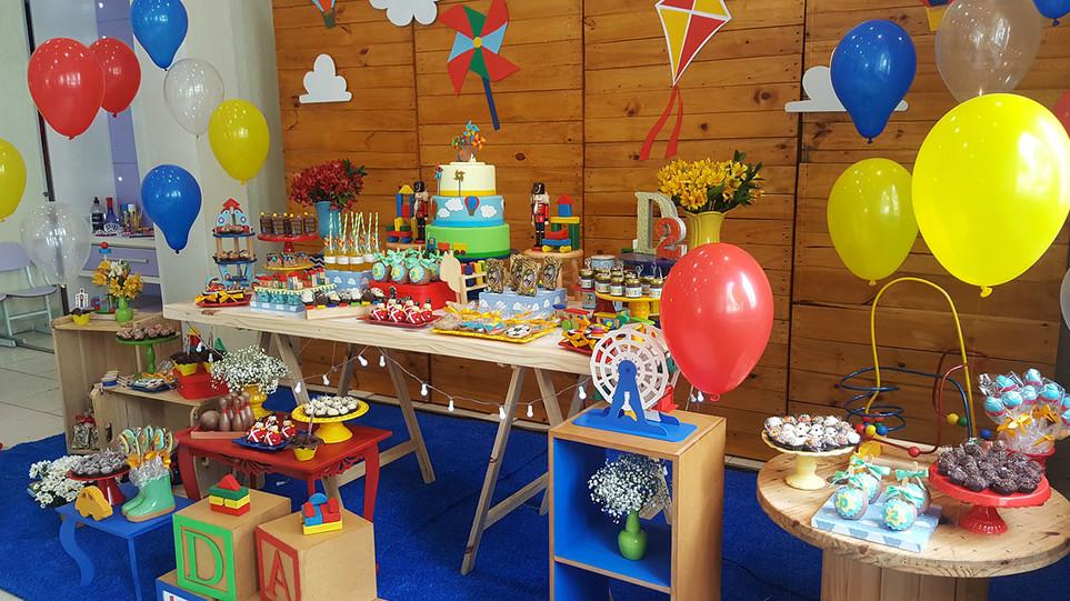 festa brinquedos antigos de madeira (19)