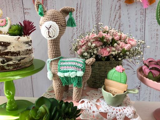 decoração festa lhamas (3).jpg
