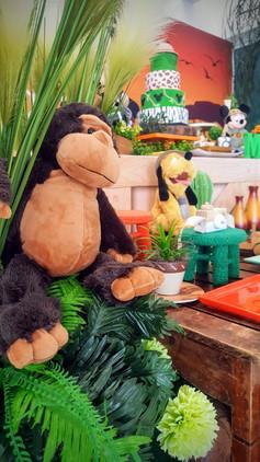 decoração festa mickey safari (3).jpg