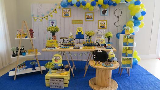 decoração festa minions (5).jpg