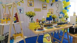 decoração festa minions (6).jpg