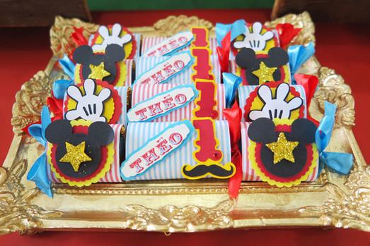 chocolate decorado festa circo mickey th