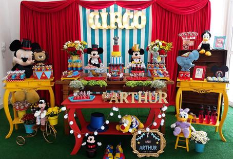 festa circo mickey arthur.jpg