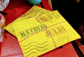 12 envelopes cartas com doces.jpg