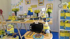 decoração festa minions (14).jpg