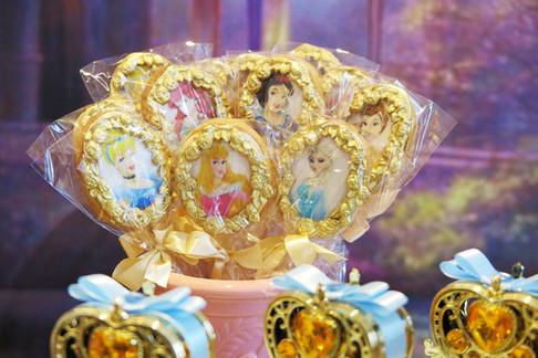 biscoitos-decorados-princesas.jpg