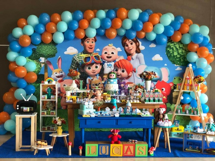 decoração festa cocomelon (1).jpg