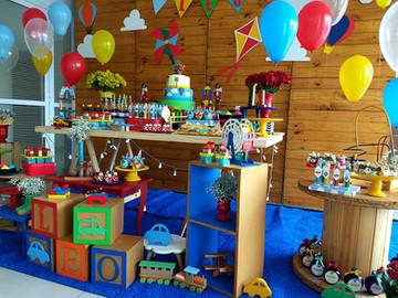 decoração_festa_brinquedos_de_madeira_(2