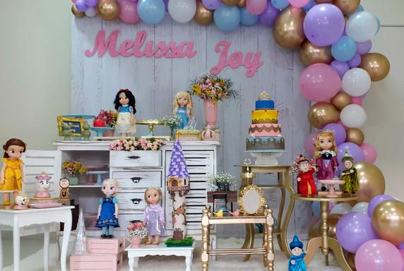 decoração princesas mini (3).jpg