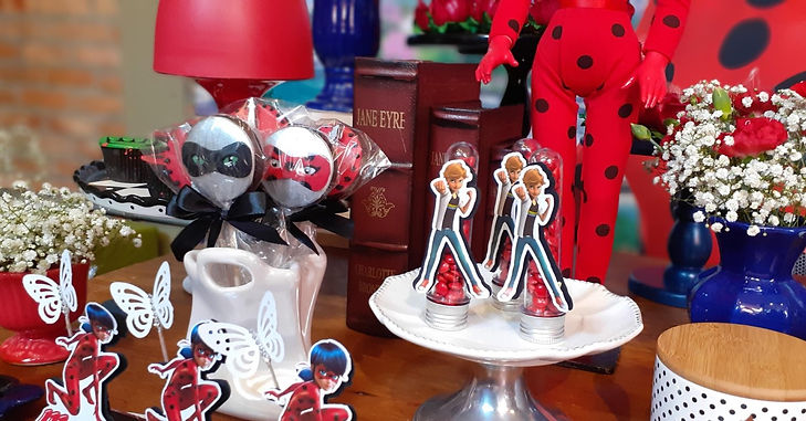 decoração festa ladybug (33).jpg