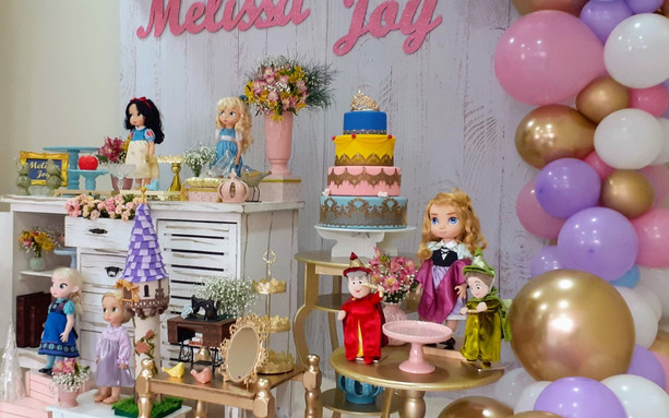 decoração princesas mini (1).jpg