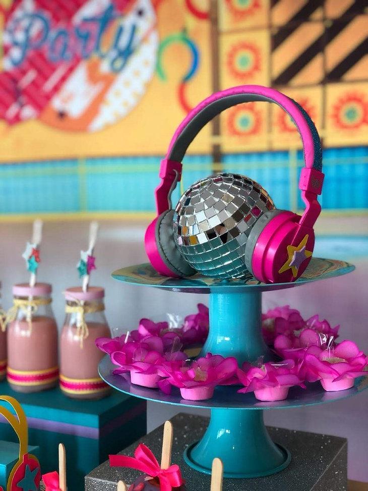 decoração_festa_patins_sou_luna_(3).jpg