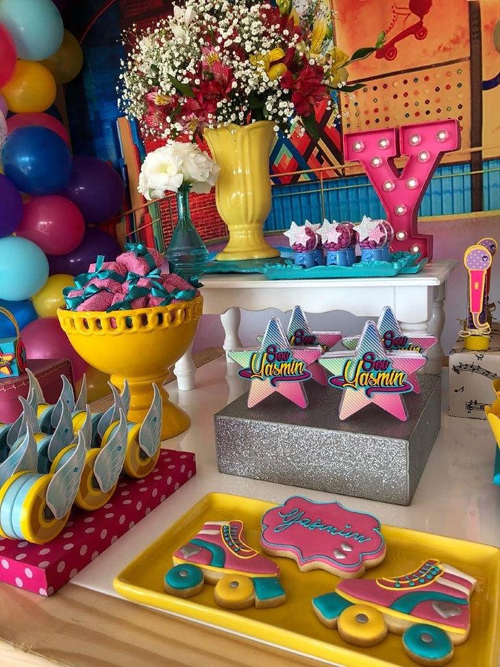 decoração festa patins sou luna (16).jpg