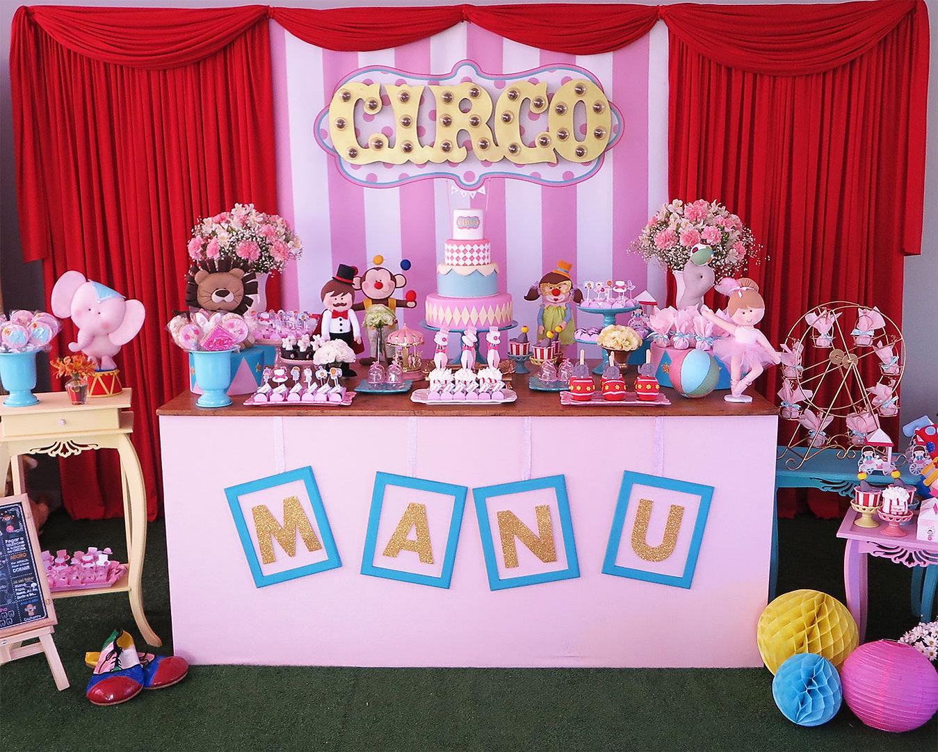 decoração_festa_circo_rosa_(5).JPG