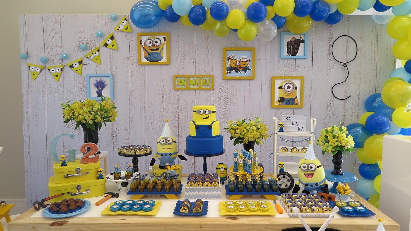 decoração festa minions (4).jpg