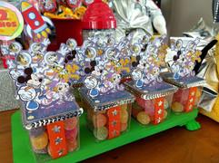 decoração-festa-mickey-astronauta (10).j