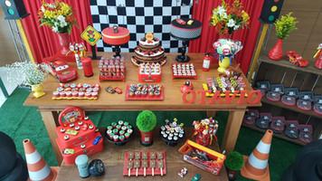 decoração festa carros
