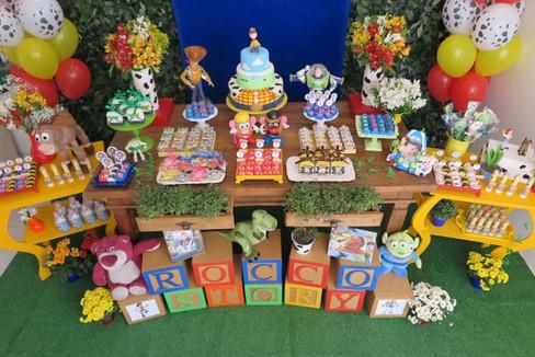 decotração festa toy story (7).JPG