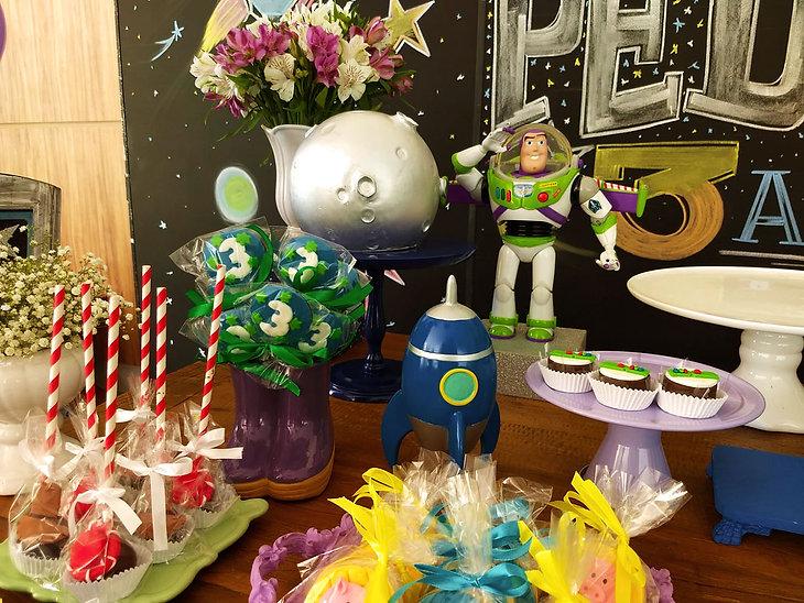 festa buzzlightyear toy story (6).jpg