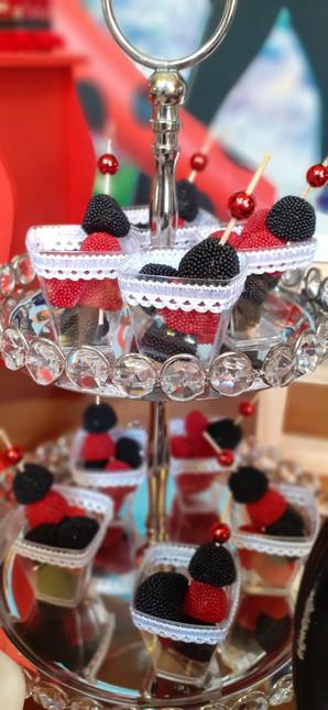decoração festa ladybug (16).jpg
