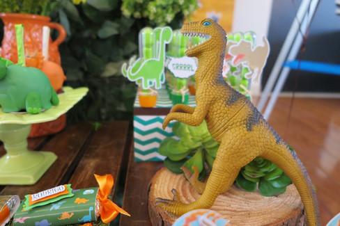 decoração festa dinossauros (43).JPG