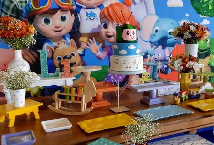 decoração festa cocomelon (3).jpg