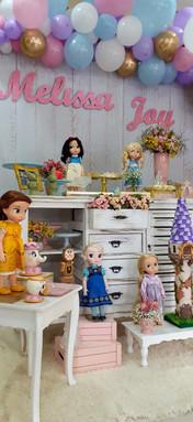 decoração princesas mini (2).jpg