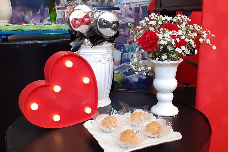 decoração festa ladybug (35).jpg