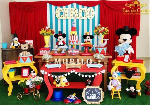 festa circo mickey murilo.jpg