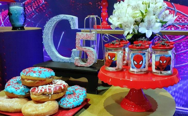 decoração festa homem aranha (8).jpg
