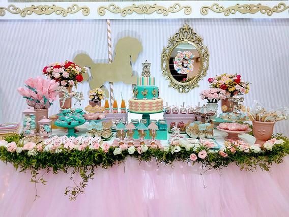 decoração_festa_carrossel_gigi_(3).jpg