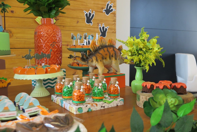 decoração festa dinossauros (36).JPG