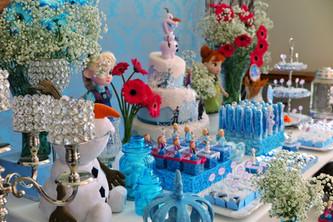 decoração festa frozen (12).jpeg