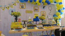 decoração festa minions (7).jpg