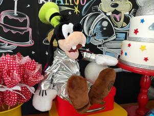 decoração-festa-mickey-astronauta (20).j
