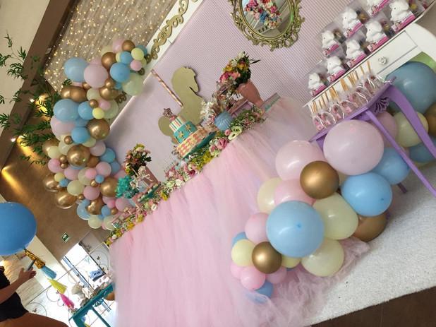 festa_carrossel_com_balões_(2).jpeg