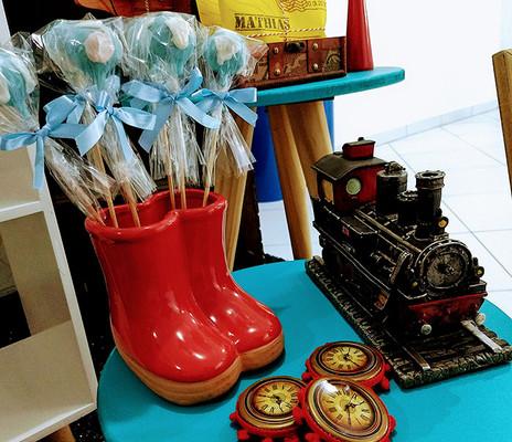 15 cakepop globo locomotiva.jpg