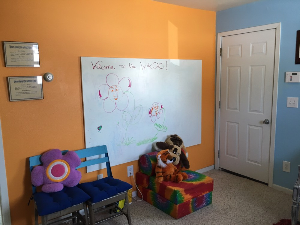 Sublette CAC Interview Room and Play Therapy Room