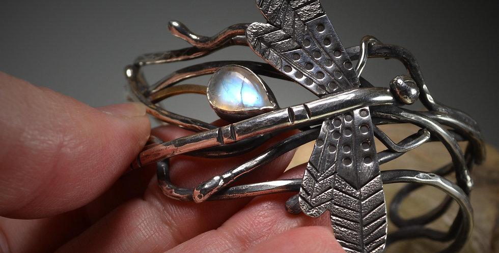 Bracelet .. Dragonfly's Keep