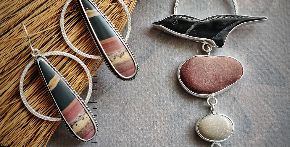 Skipping Stones .. necklace earrings set
