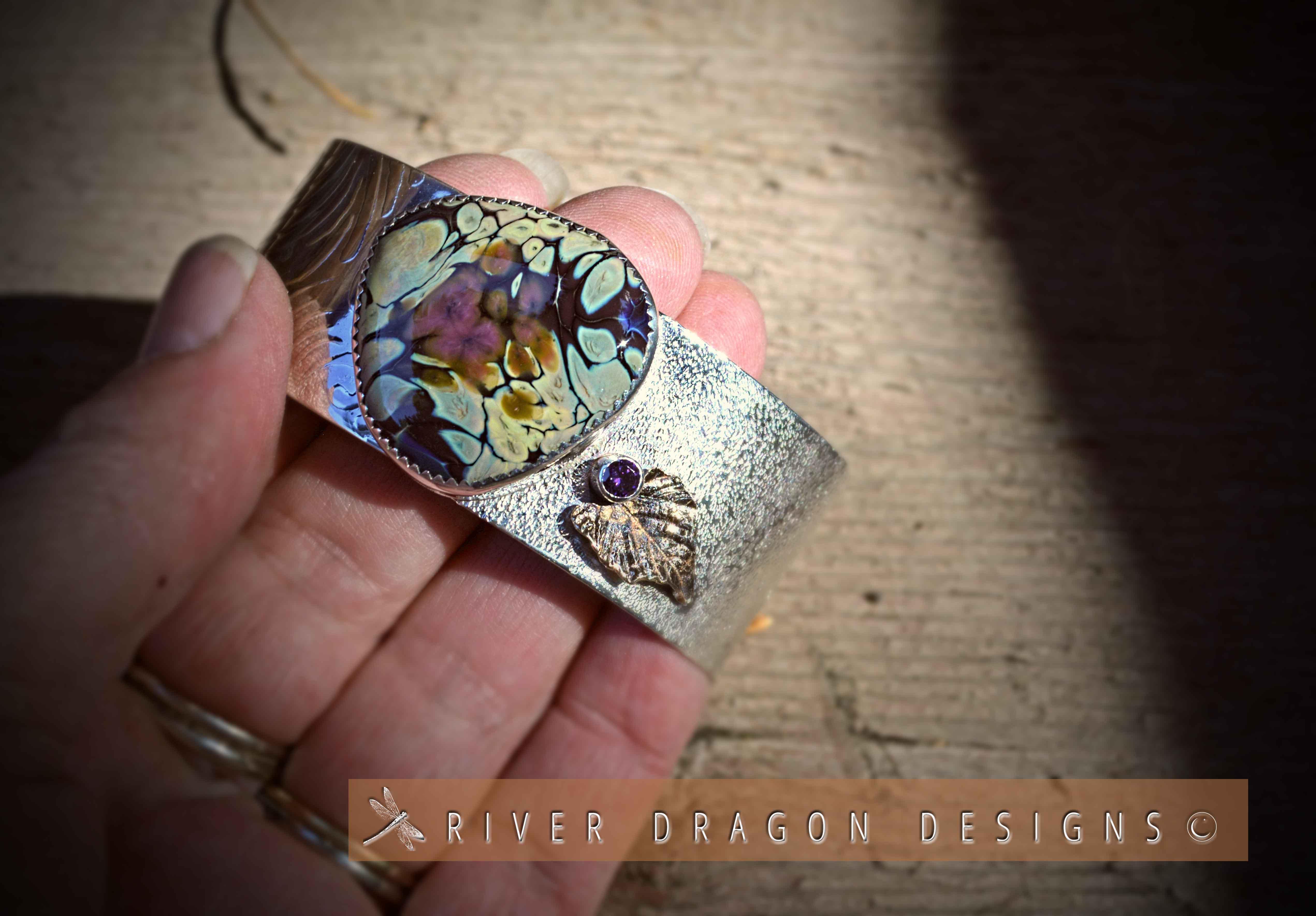 bracelet_SunriseDreamInShadow,Violette2