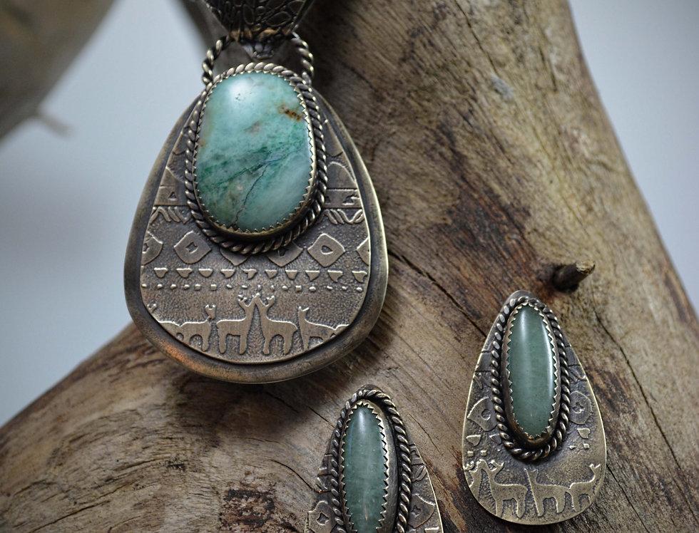 Woodland necklace set