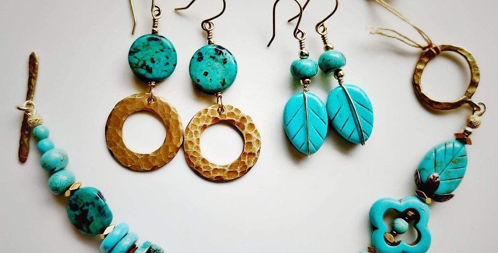 Bits and Pieces .. bracelet earrings set