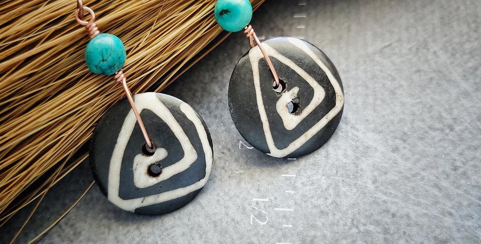 Island Batik Carved Buttons