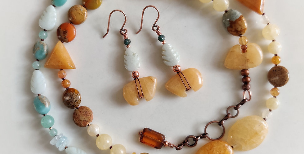 Pretty Pebbles .. Zuni Bears