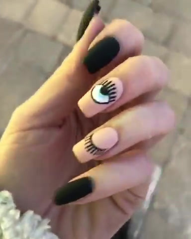 GEL Nails with painted eye