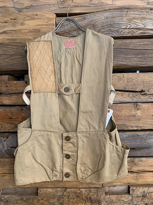 WEEKEND / GUN CLUB Beige vest